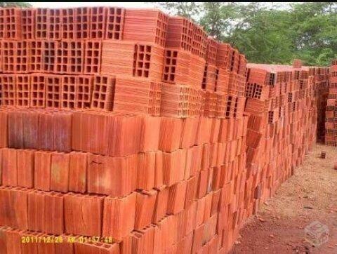 Telhas e tijolos direto de fábrica