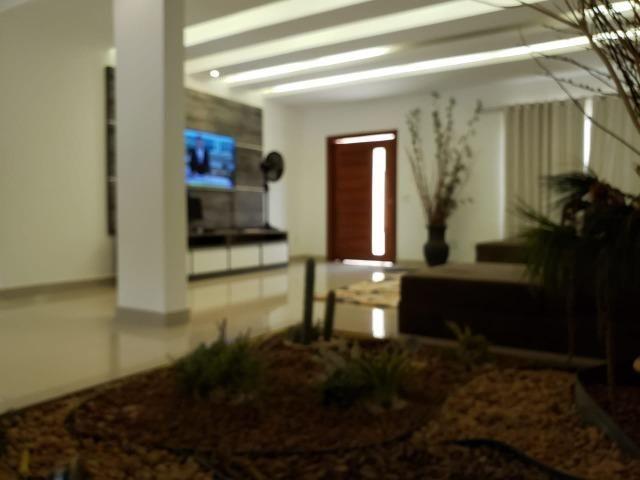 Samuel Pereira oferece: Mansão Moderna Vicente Pires 3 Piscinas 5 Suites Churrasqueira - Foto 3