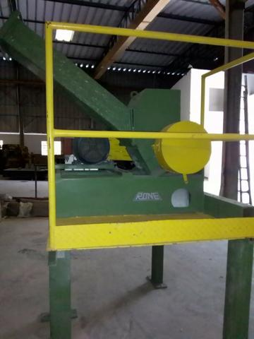 Moinho triturador de plástico Rone 240 x 200 mm - Foto 2