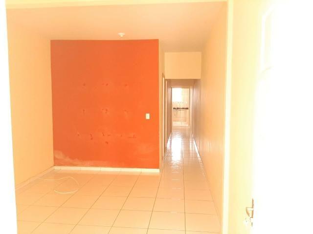 Alugo casa com garagem - Foto 6
