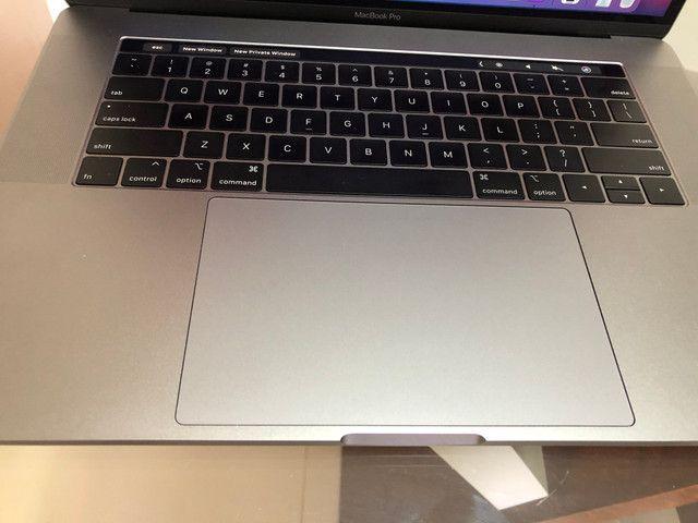 """MacBook Pro Retina Apple 15"""" 2018 Cinza-espacial - Foto 2"""
