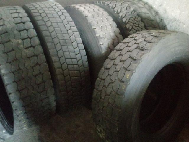 Pneus Usados p/ Caminhão Caminhonete (225 65 R 17, 235 70 R 16)