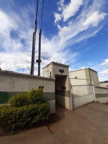 Vende-se Excelente Apartamento em Mateus Leme , Bloco 02 Apto 03 Oportunidade Unica!! - Foto 3