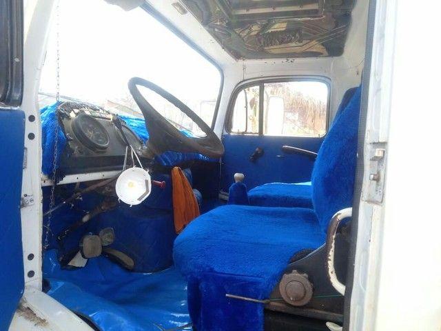 Caminhão baú 1113 - Foto 2