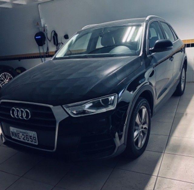 Vendo Audi Q3 seminovo - novo!