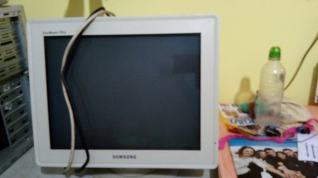 Monitor Antigo 14? Samsung R$40,00