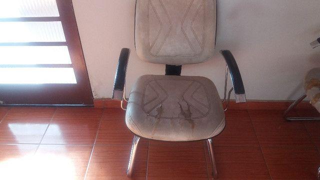 Cadeiras de espera em couro - Foto 4