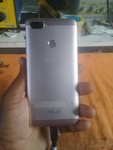 Zefone Max Plus 32 gb - Foto 2