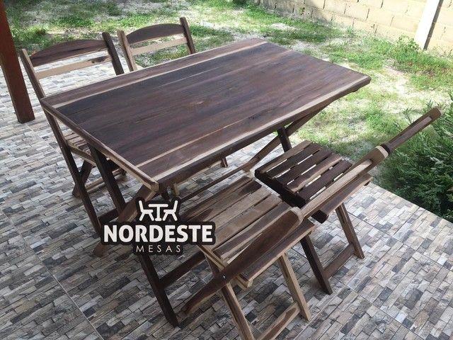 Mesa e cadeira desmontável madeira
