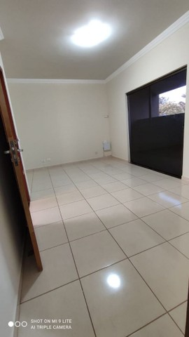 LOCAÇÃO | Sobrado, com 3 quartos em Jardim Guapore, Maringá - Foto 17