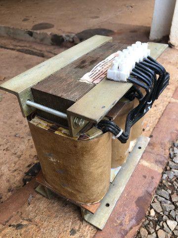 Autotransformador trifásico com neutro - Foto 3