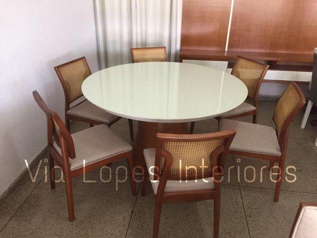 Mesa quadrada com oito cadeiras X aqui na Via Lopes Wpp * - Foto 2