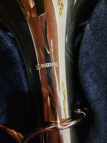 Tuba Wagneriana Suzuki Szfh-760lq Laqueada Fá/sib - Foto 3