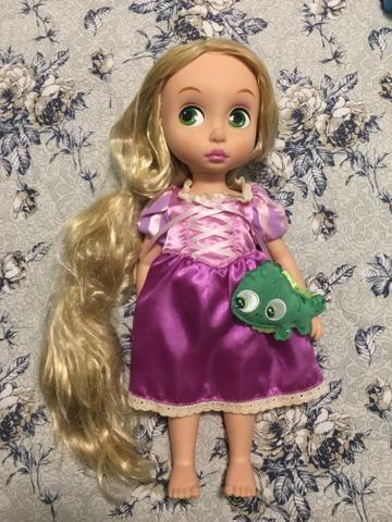 Boneca Rapunzel (Enrolados) ORIGINAL - Coleção Disney Animators