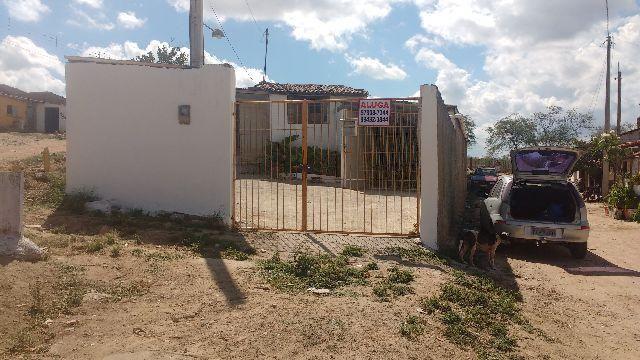 Casa solta com 3 quartos para contrato anual em Gravatá - pe