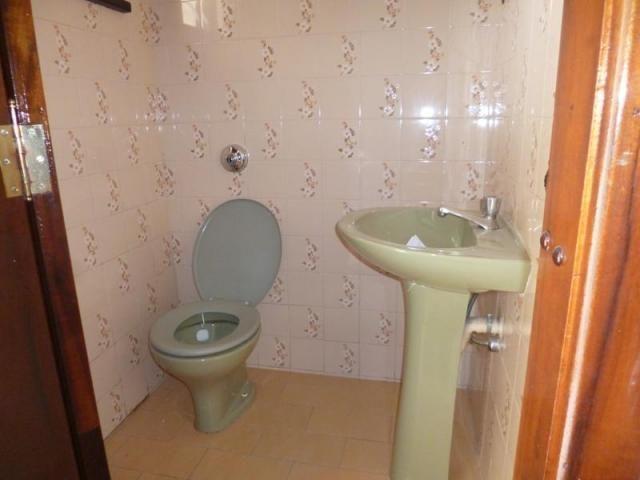 Sobrado com 3 dormitórios para alugar, 170 m² por r$ 1.800,00/mês - bacacheri - curitiba/p - Foto 4