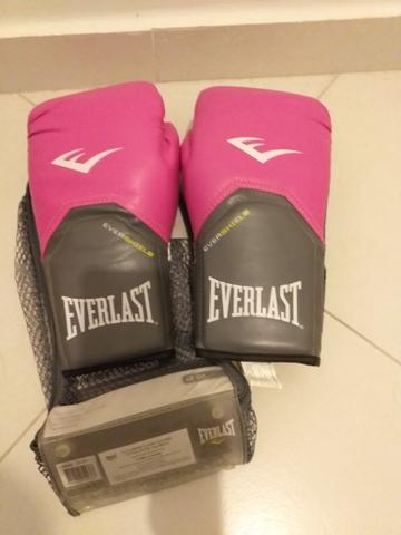 Vendo luva everlast pro style elite vermerlha - Esportes e ginástica ... 3d63ffaa419d6