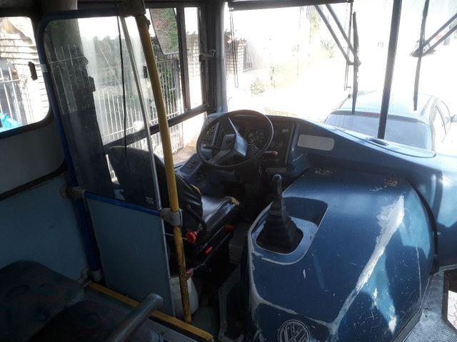 Onibus docum motorcasa ano 2000 aceito F4000/MB 608 Até R$20.000.00 - Foto 6