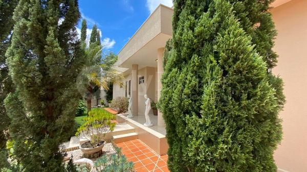 Casa com 4 quartos - Bairro Setor Central em Morrinhos - Foto 6