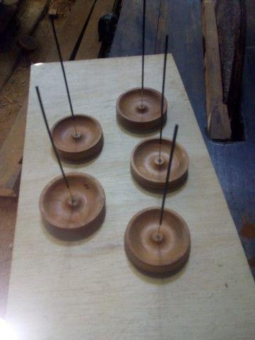 Confecção de peças de madeira torneadas - Foto 2