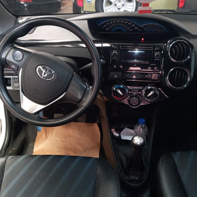 Toyota Etios 1.5 Xs - Foto 3