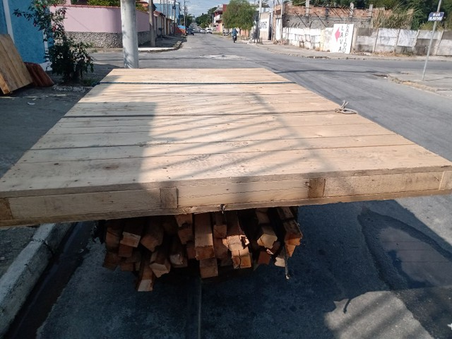 Deck de Pinus tratado m2 - Foto 2
