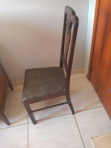 Cadeira de madeira Maciça ornamental - Foto 3