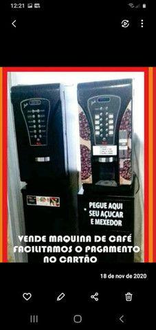 Máquina de Café para 08 tipos de bebidas
