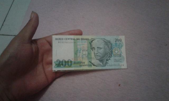 Nota de 200 Cruzeiros