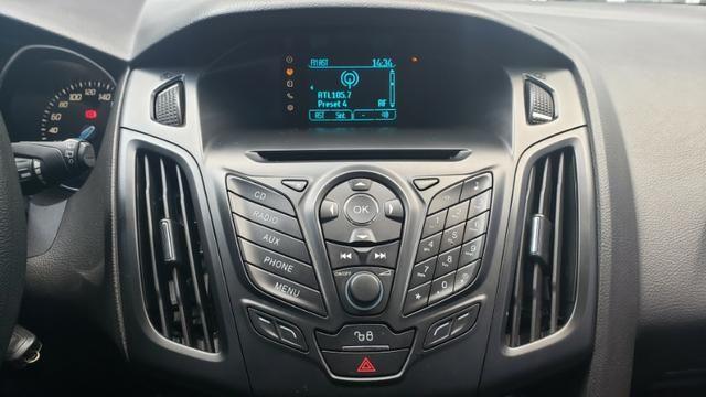 Ford Focus SE 1.6 - pneus novos - carro revisado - Foto 10