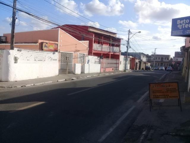 Excelente ponto comercial , de esquina, próximo ao Centro Comercial do Feiraguaio - Foto 7