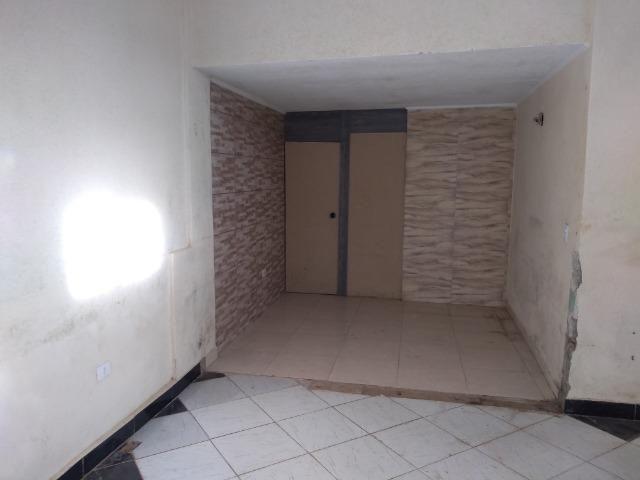 Salão comercial com cozinha e banheiro - Foto 4