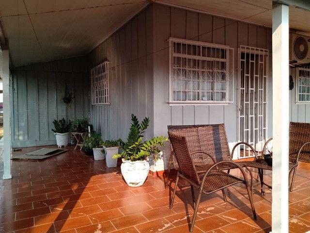Vendo duas casas mesmo terreno Pimenta Bueno bairro seringal valor 270mil - Foto 3