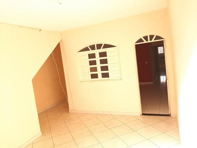 Alugo casa com garagem - Foto 7