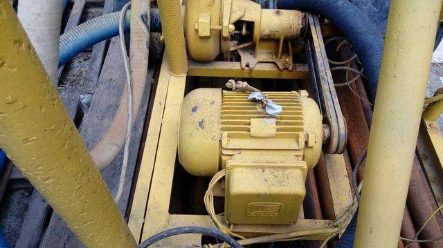 Máquina perfuração poço artesiano 99984.0765