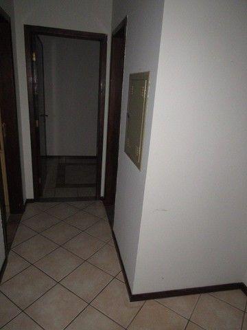 Apartamento para alugar com 3 dormitórios em Zona 07, Maringa cod:04174.001 - Foto 4