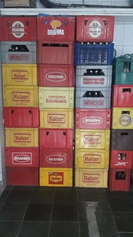 Caixas de garrafas - Foto 2