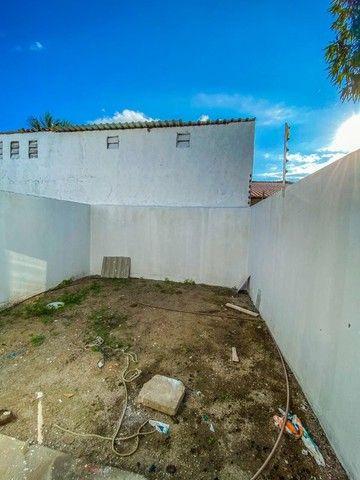 Casas de 2/4 com suíte, pé- direito duplo, fachada moderna, pronta para morar! - Foto 9