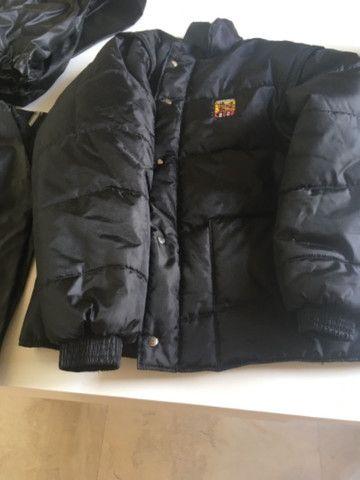 Capacete +capa de chuva da Alba+ bota de borracha n? 42+ jaqueta GGG - Foto 5