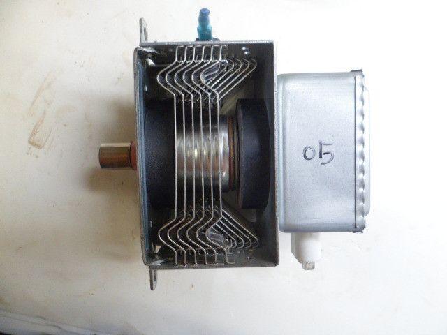 Magnetron m24fb-210a usado original leia o anuncio - Foto 6