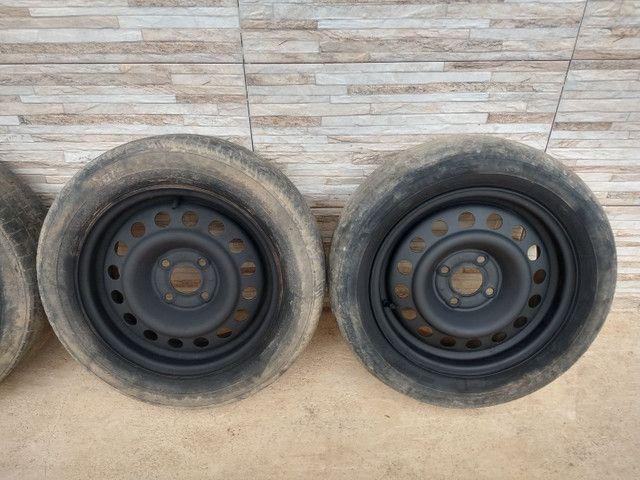 Jogo de rodas 14 de ferro semi novas de furação 4x100 - Foto 12