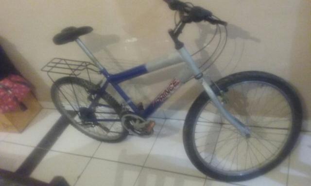 Troco bicicleta aro 24