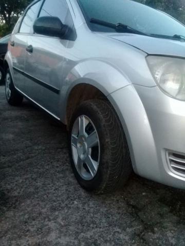 Ford Fiesta 2003 Completo