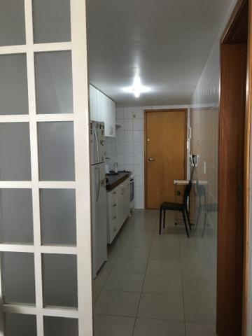 Apartamento na Jatiúca 3 qt a uma quadra da praia 99m2