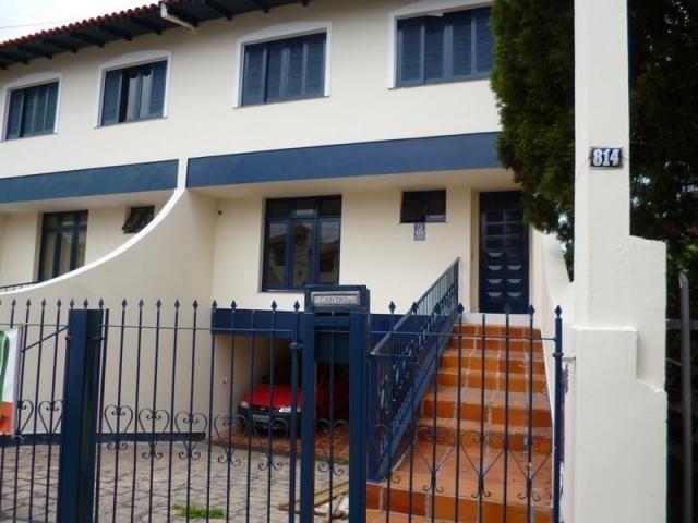 Sobrado com 3 dormitórios para alugar, 170 m² por r$ 1.800,00/mês - bacacheri - curitiba/p