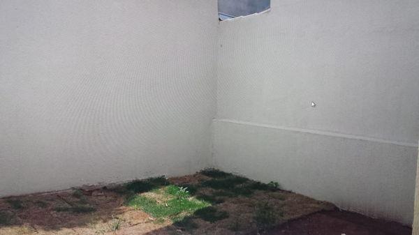 Casa  com 2 quartos - Bairro Parque Veiga Jardim em Aparecida de Goiânia