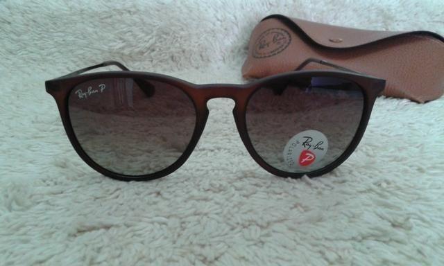 b9201f85a5b26 Óculos de Sol Ray Ban Erika Marrom Polarizado RB4171 Novo ...