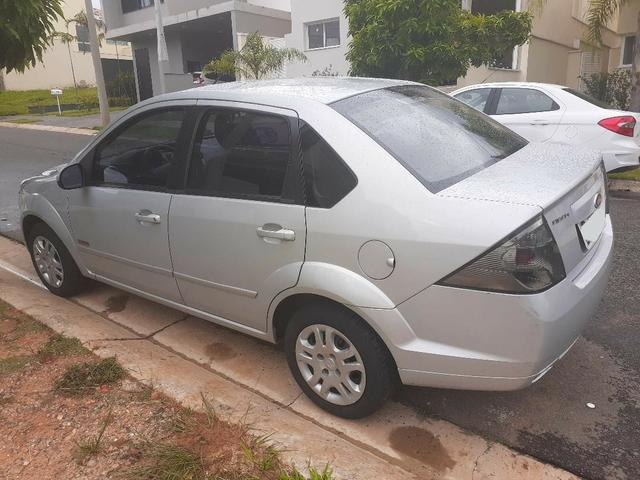 Fiesta Sedan Flex. Prata. Motor 1,6. Ano 2012 - Foto 4