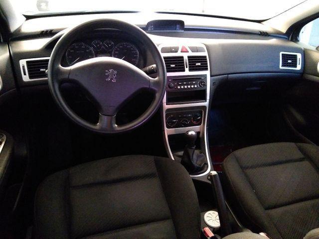 Peugeot 307 1.6 presence 16v Flex manual  - Foto 5