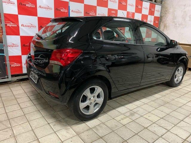 GM Onix LT 1.4 Flex  2019 c/ My link e rodas - Foto 8